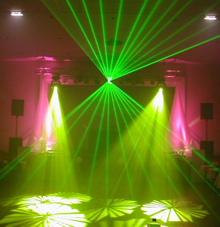 Dj animateur h rault montpellier animation pascal roche for Laser faux plafond